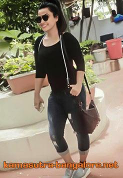 Riddhi bangalore escorts
