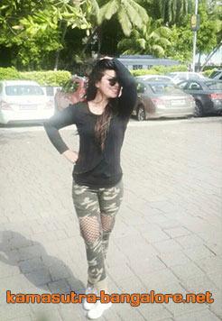 Riddhi cheap escorts in bangalore