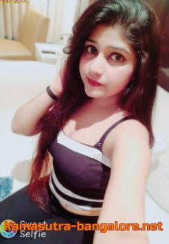 Iniya female escort service in bangalore